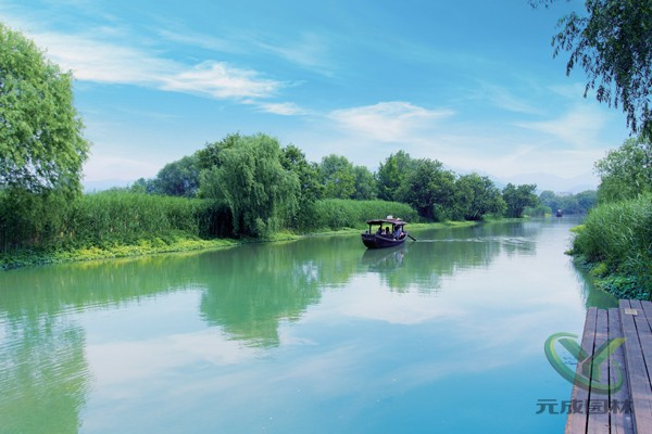描写风景优美的湿地公园的优美作文300字答: 我的家乡风景迷人.